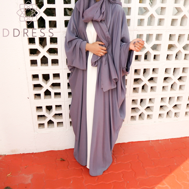 faracha gris papillon ouverte nidha nidah abaya Dubai d.dress