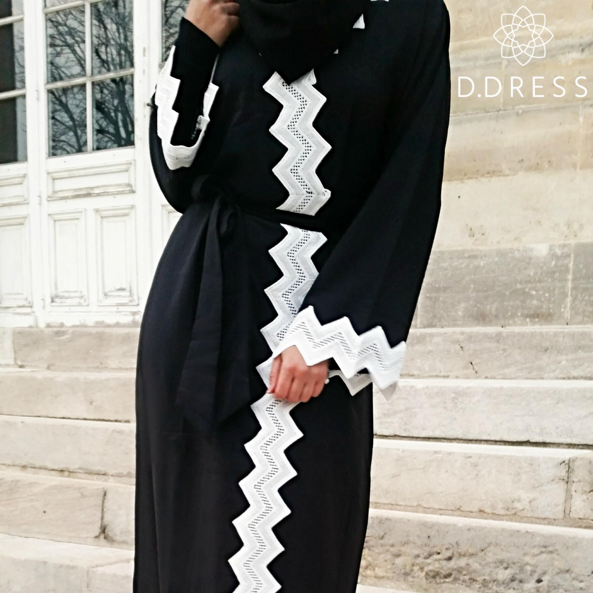 abaya Dubai noir dentelle blanche mellorine ddress